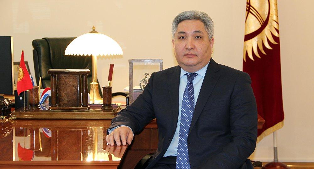 Болот Отунбаев