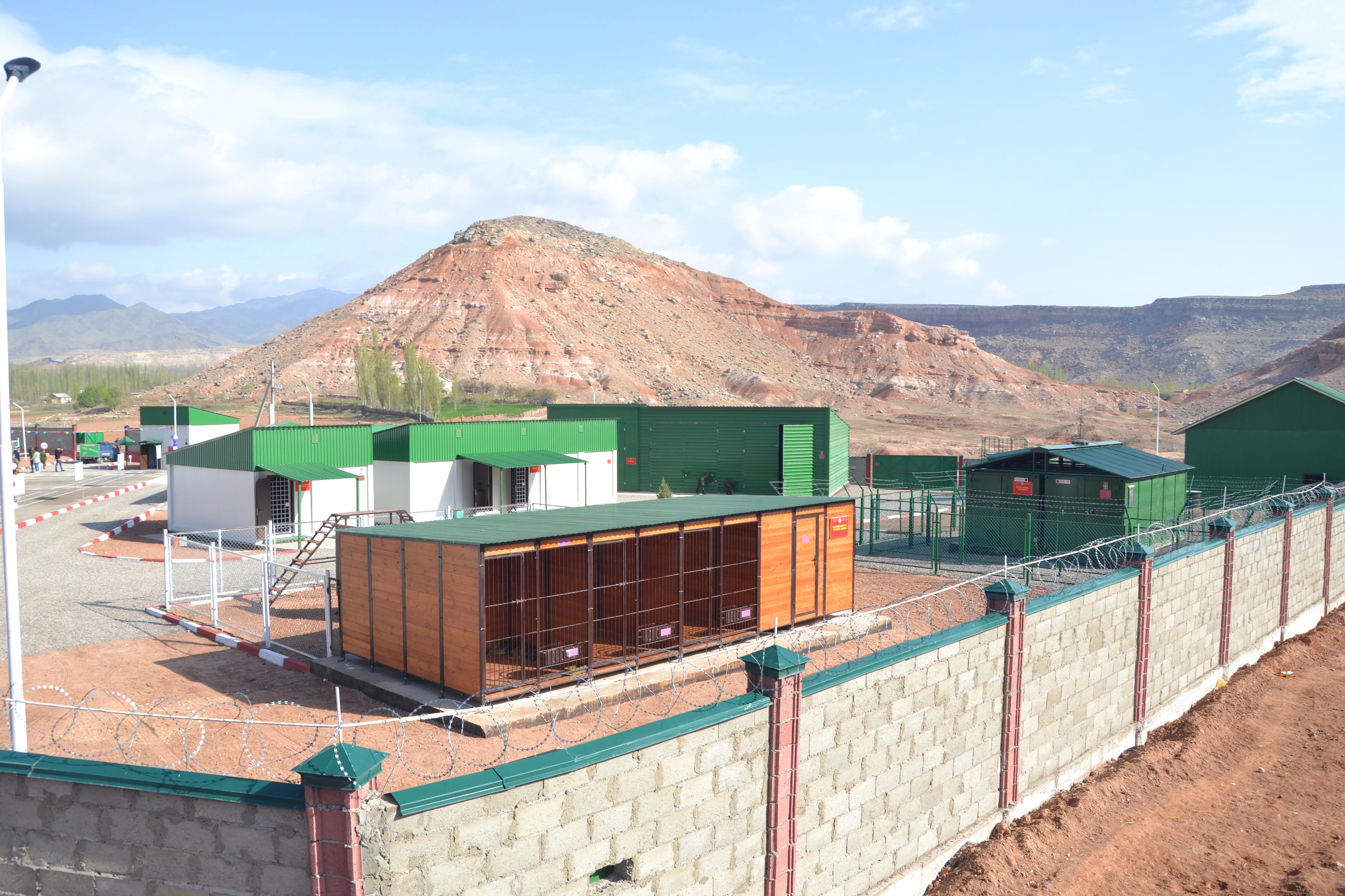 Россия за свой счет создала 11 погранзастав на границе Кыргызстана  с Узбекистаном и Китаем. Зачем?